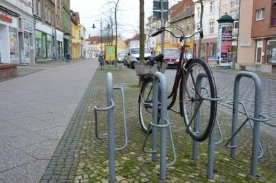 Die Fahrradständer in der Bahnstraße werden umgebaut I Foto: Martin Ferch