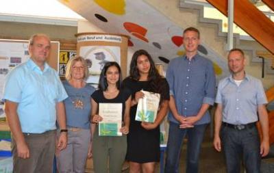 Vorschaubild zur Meldung: Preise und Belobigungen für die Schülerinnen und Schüler der Ludwig-Uhland-Schule
