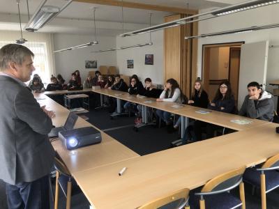 Foto zur Meldung: Französische Schüler auf Entdeckungsreise in Kloster Lehnin