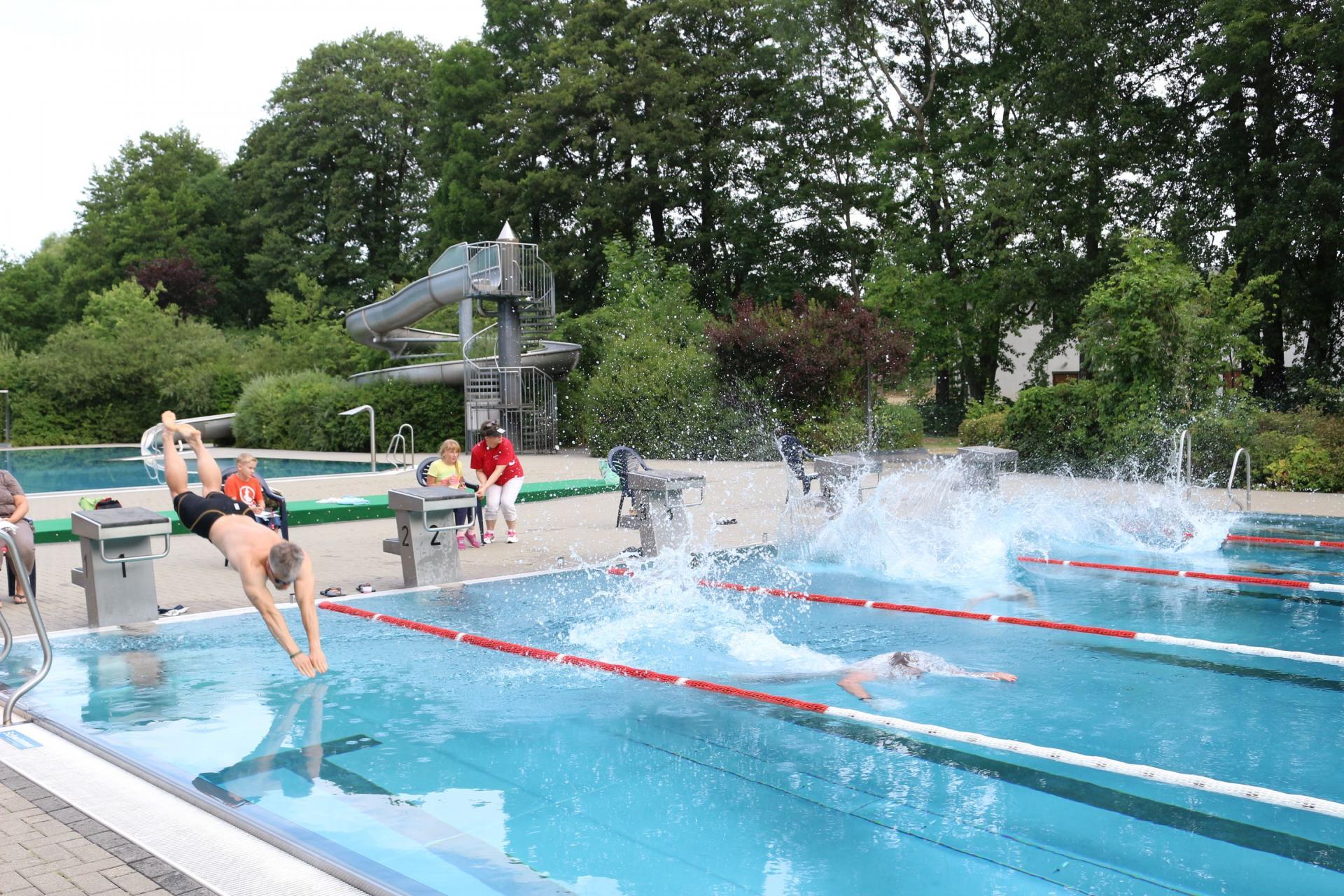 Bild der Meldung: Stundenschwimmen: Auflage 2020 findet nicht statt