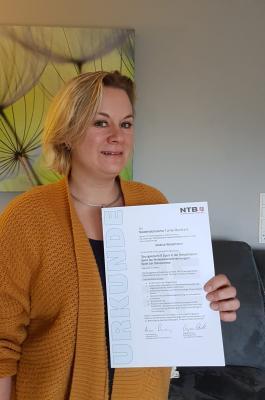 Vorschaubild zur Meldung: Glückwunsch: Jessica Wesemann erfolgreich B Lizenz bestanden