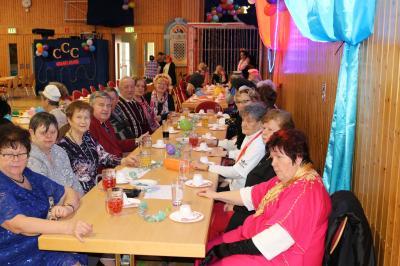 Foto zur Meldung: Beste Stimmung beim Calauer Seniorenkarneval