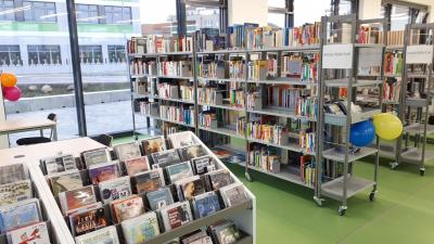 Foto zur Meldung: Umzug der Bibliothek geschafft!