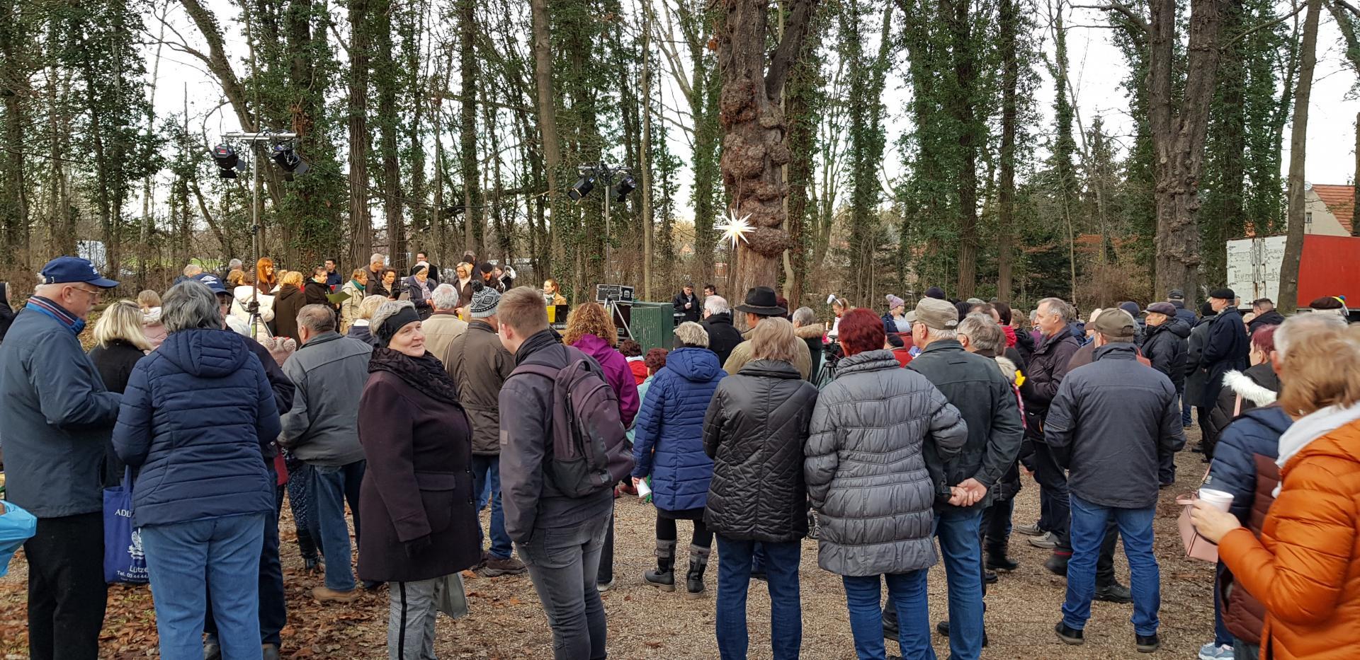 Bild der Meldung: Waldweihnacht im Tollwitzer Park