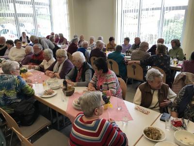 Foto zur Meldung: Heringsessen der Seniorengemeinschaft Hesseldorf-Neudorf-Weilers