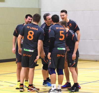 Foto zur Meldung: Volleyball - Bezirksklasse: SV LINDA gegen TSV BW Röhrsdorf und TuS Ebersdorf/ SSV Chemnitz I.