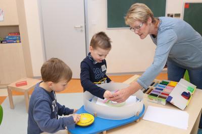 """Foto zur Meldung: Kita-Kinder im """"Rausch der Farben"""""""