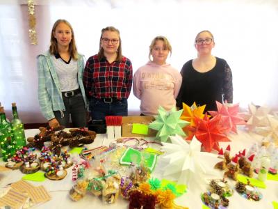 """Foto zur Meldung: Erfolgreicher Abschluss der  Spendenaktion """"Weihnachtsengel"""" 2019  an der Staatlichen Regelschule -Novalis-  Bad Tennstedt"""