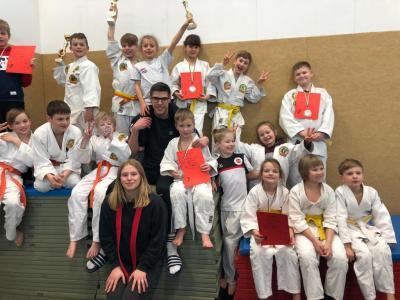 Mit 18 Kindern und toller Unterstützung durch unsere jungen Trainer sowie die Eltern