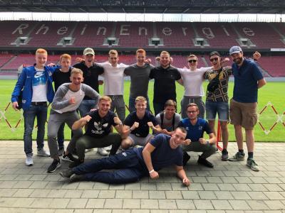 Mit seiner A-Jugend beim 1. FC Köln, Konrad rechts im Bild