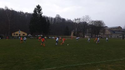 Foto zur Meldung: Fußball - Freundschaftsspiel gegen Sachsenburg