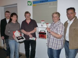 Bild der Meldung: Rettender Defibrillator jetzt auch im Kreishaus