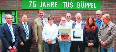 Bild der Meldung: Auch TuS Büppel erhält Defibrillator