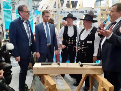 Bild der Meldung: Ministerpräsident Michael Kretzschmer beim Handwerk in Leipzig