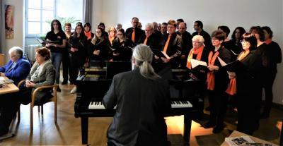 """Mörschbacher Chor """"da Capo"""" - Auftritt bei """"Schloss-Kultur"""" – Lesung mit Musik- im Simmerner Schloss"""
