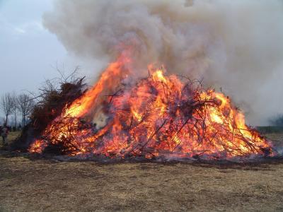 Vorschaubild zur Meldung: Dieses Jahr kein Osterfeuer in Lüllau!