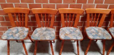Foto zur Meldung: Stühle zu verkaufen