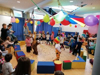 Foto zur Meldung: Zirkusaufführung in der Kindertagesstätte Neckarstraße