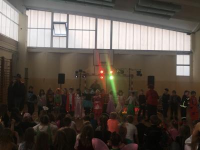 Vorschaubild zur Meldung: Buntes Treiben an der Juri-Gagarin- Grundschule