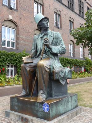 Vorschaubild zur Meldung: Herzlichen Glückwunsch, lieber Hans Christian Andersen!