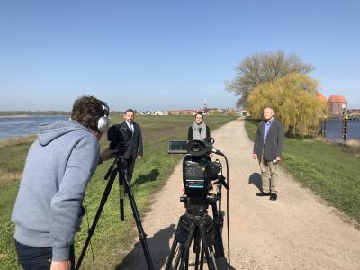Videobotschaft mit Mareike Sabl, Andreas Ruthard und Wilfried Schmidt I Foto: Martin Ferch