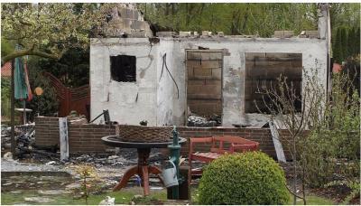 Vorschaubild zur Meldung: Lauben in Flammen- wieder ein Brand in unserer schönen Anlage