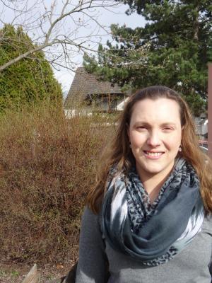 Foto zur Meldung: Gemeindeschwester Jana Mattern koordiniert Hilfsangebote in Nauheim