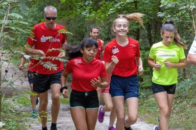 Das Foto zeigt Laager Läufer bei einem früheren Lauf im Stadtwald. Foto: Stella Grobbecker