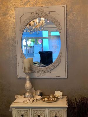 Vorschaubild zur Meldung: Monas Hairconcept erstrahlt in neuem Glanz