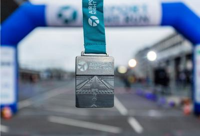 Finishermedaille des Airport Night Run 2019