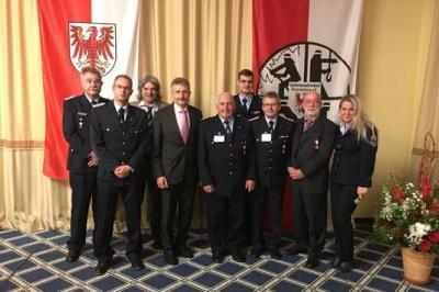 Foto zur Meldung: Siegmar Kaethner vom Minister geehrt