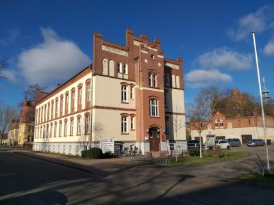 Stadt Perleberg | Verwaltungsgebäude in der Karl-Liebknecht-Straße 33