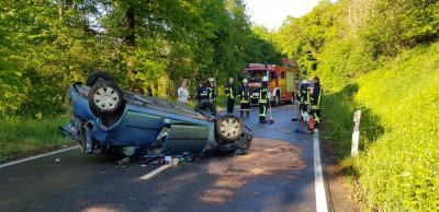 Vorschaubild zur Meldung: ++Einsatz 02.05.20 / 18:22 Uhr H2.4.- Verkehrsunfall Person eingeklemmt ++