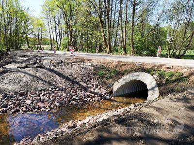 Foto zur Meldung: Eine alte Brücke und ein Durchlass bei Kuckuck erneuert