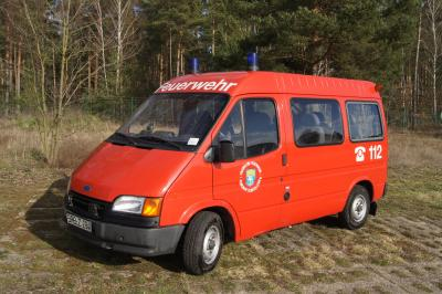 Foto zur Meldung: Gemeinde versteigert einen 9-sitzigen Mannschaftstransportwagen