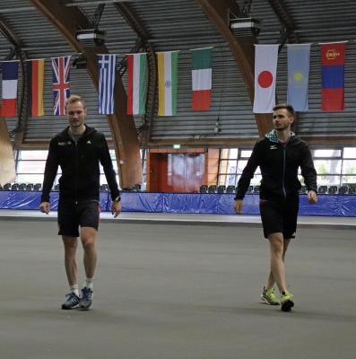 Patrick und Pedro Beckert zurück in der Halle. Foto: Beckert privat
