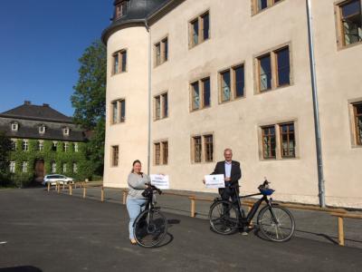Bürgermeister Andreas Weiher und Esther Pranghofer-Weide, Abteilung Umwelt