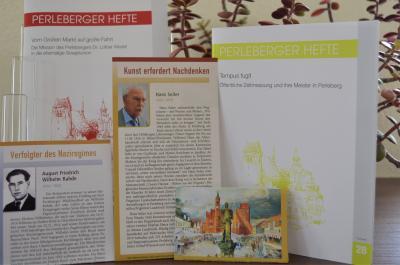 Stadt Perleberg | Perleberger Hefte Nr. 28 & 29 sowie die beiden neuen Erinnerungsblättchen sind in der Stadtinformation, Großer Markt 12, erhältlich.