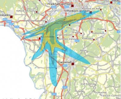 Immobilienbesitzer innerhalb der gelben Zone können Anträge auf baulichen Schallschutz für alle Aufenthaltsräume und eine Entschädigung für den Außenwohnbereich stellen, Immobilienbesitzer in der blauen Zone für die Schlafräume ihrer Objekte. Anspruchsberechtigt für Zahlungen aus dem Regionalfonds sind Immobilien-Besitzer in allen schraffierten Flächen © [Screenshot RP Darmstadt/Quelle: Geoportal Hessen/Lärmschutzbereiche]