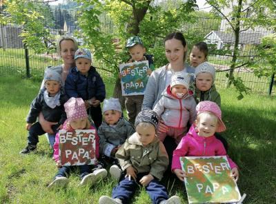 Foto zur Meldung: Vatertagsgrüße aus der Kita Ostrau/Kiebitz und Hort