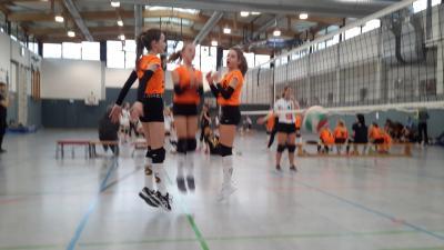 Foto zur Meldung: erstes Heimspiel - Turnier unserer U13 Mädchen