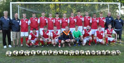 Die Männermannschaft des SV 04 Groß Laasch, Foto Andrea Weinke-Lau