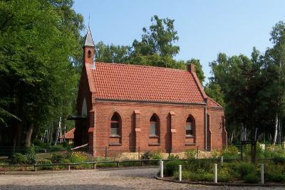 Der städtische Friedhof in der Kremmener Straße