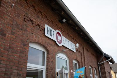 Foto zur Meldung: Hof-Kaufhaus wieder bis 18 Uhr geöffnet!