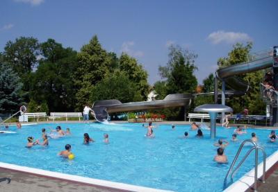 Foto zur Meldung: Erlebnisbad in Tröbitz eröffnet die Badesaison