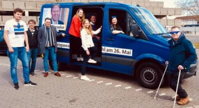 Bild der Meldung: Beste Aktion 2018 der Jungen Union Niedersachsen fand in der Obergrafschaft statt - Grafschafter JU unterstützt Christian Fühner MdL beim 53. Niedersachsentag