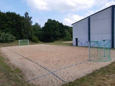 Vorschaubild zur Meldung: Handball-Beachplatz hergerichtet
