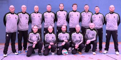 Foto zur Meldung: Neue Trainingsbekleidung für Männer-Mannschaft