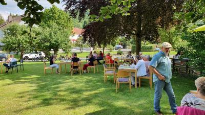 Foto zur Meldung: Kaffeenachmittag auf der Gemeindewiese, Sonntag 21. Juni 2020