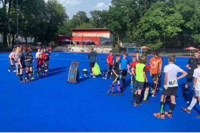 Foto zur Meldung: Ferientraining für alle Hockeymitglieder